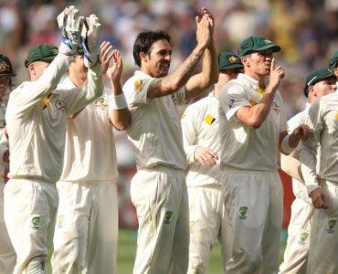 Aussies strike late blows