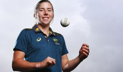 Five Victorian women earn national contracts