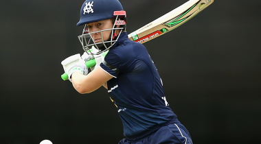 Victoria keep WNCL final hopes alive