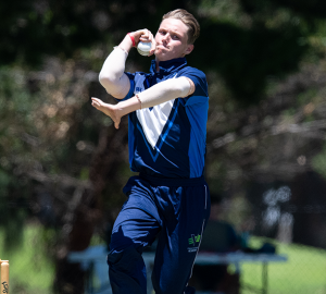 Wil Parker to debut for Victoria