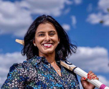 Aish, Louise & Sharon's cricket journey #ChoosetoChallenge